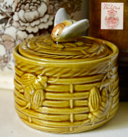 Vintage Amber Golden Brown Majolica Honey Jar Beehive w Bee on Lid