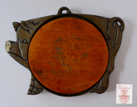 Vintage French Country Cast Iron Pig Hog Framed Wood Hanging Trivet or Cheese Board / Chalk Board Farmhouse Kitchen Decor