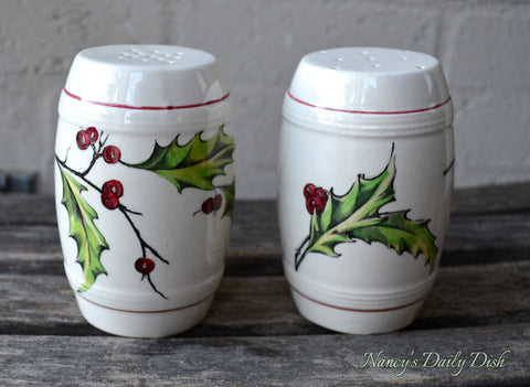 RARE Clarice Cliff Evergreen Holly Berry English Transferware Barrel Salt & Pepper Shakers Extra Large