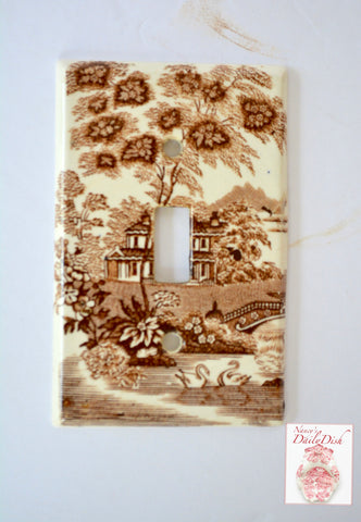 RARE  Brown Transferware Single Light Switch Plate Cover Tonquin English Staffordshire