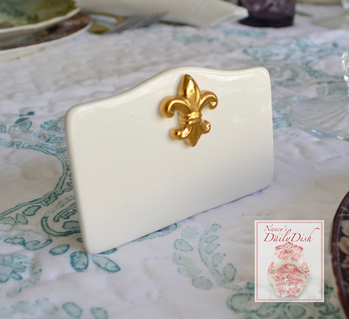 Set of 6 Vintage Country French Fleur De Lis Write On Place Card Holde