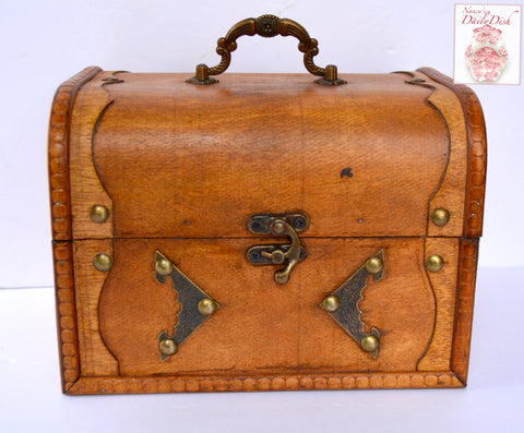Vintage Wood Carrying Case / Suitcase / Purse - Antique Brass Accents & Carved Wooden Design