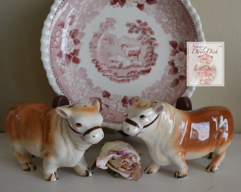 Vintage Figural Bull / Cow Figurines Hand Painted Salt & Pepper Shaker Set