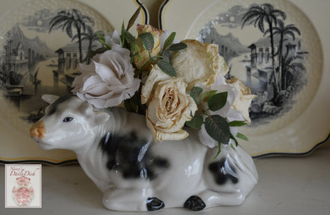 RARE Vintage Country French Black & White Resting Bull / Cow Figurine Planter Occupied Japan