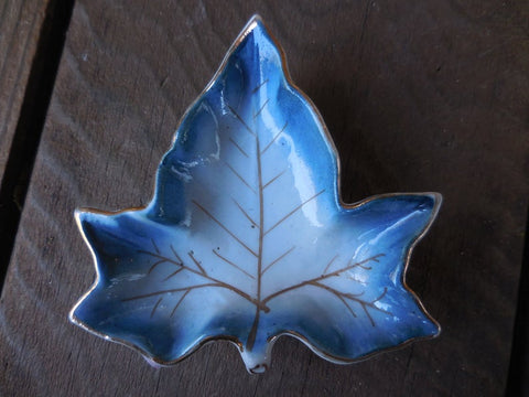 Vintage Blue Leaf Shaped Butter Pat/ Nut Dish / Master Salt Cellar Pedestal / Tea Bag Holder