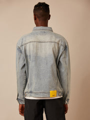 LIGHT WASH DESTRUCTED DENIM JACKET