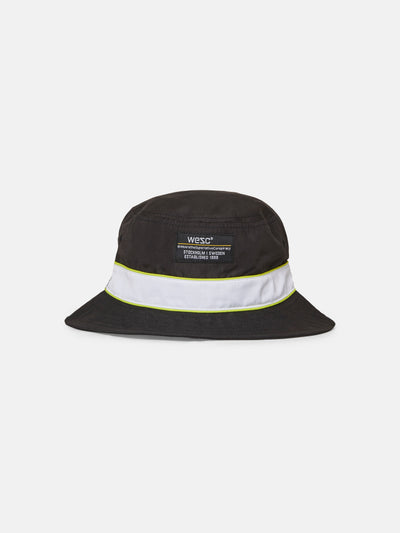 PACKABLE PIPED BUCKET HAT