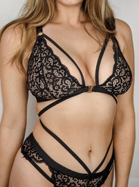 This black lacey caged bralette is the ultimate everyday sexy for all of our ladies that have big boobs! From 30DD