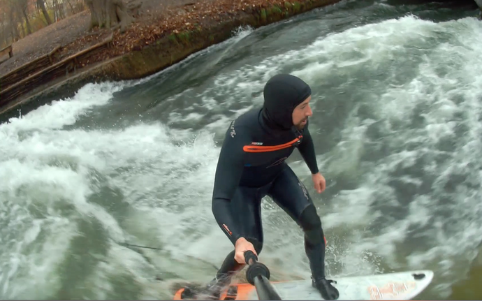 Eisbach river surf (and SUP) with the Stecher Twins
