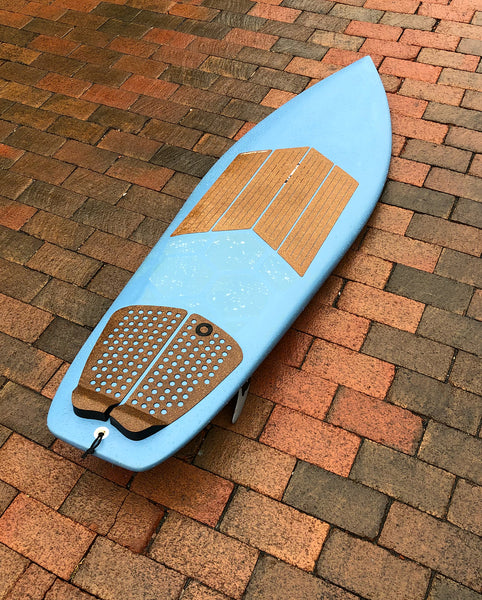 Waxless surfboard with Front Deck Grip and HexaTraction