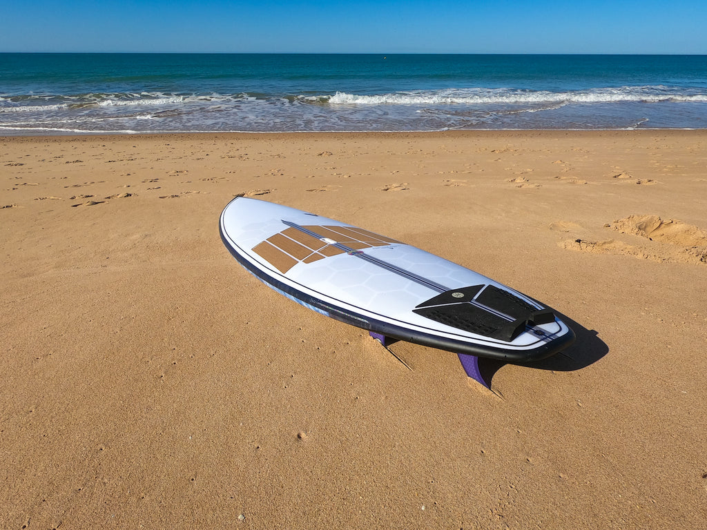 Custom SUP Surf with RSPro HexaTraction and cork Front Deck Grip in the beach