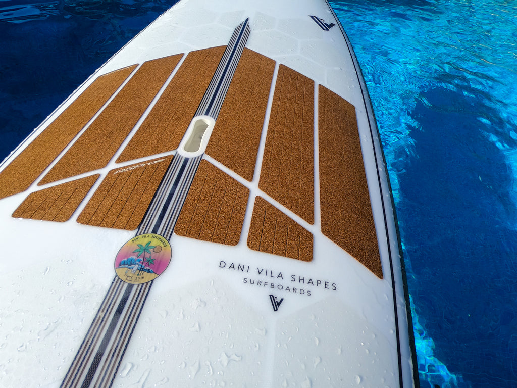 Custom SUP Surf with RSPro HexaTraction and cork Front Deck Grip close up
