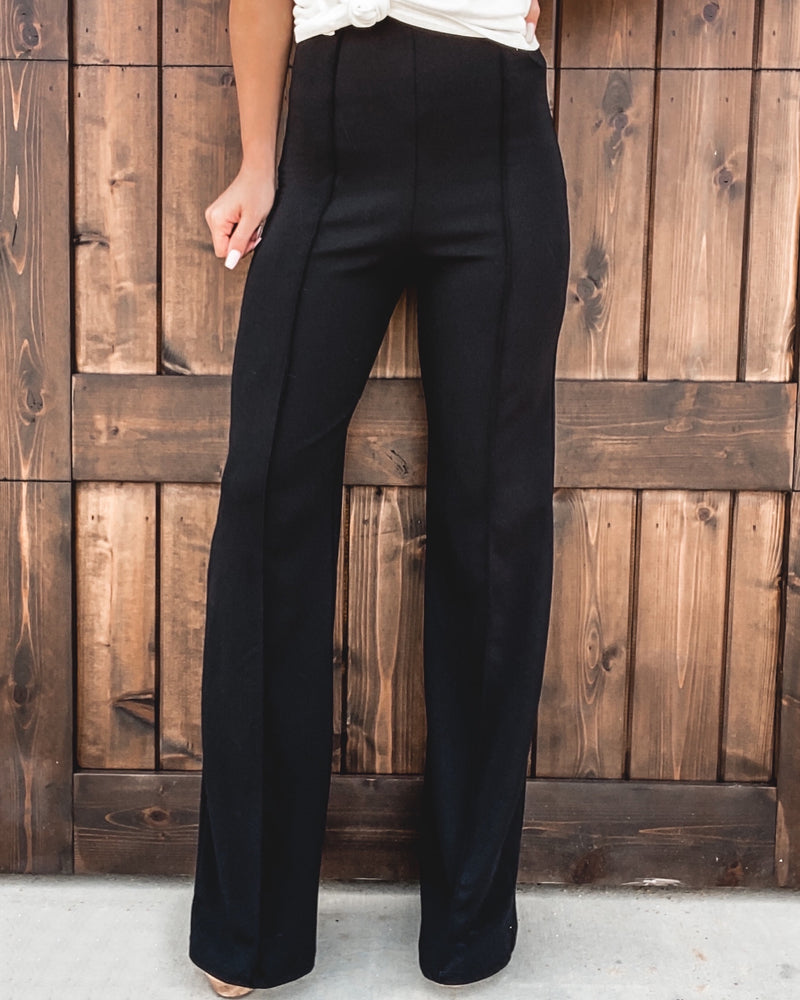 Pleated Flare Pants - Black