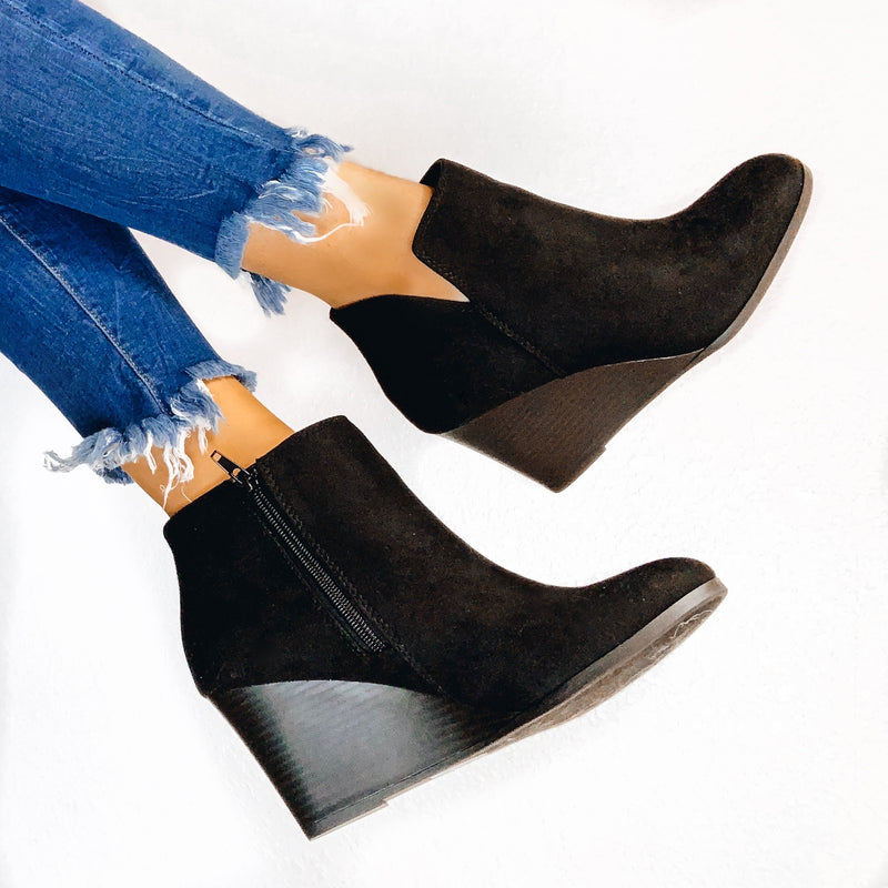 Talyn Wedge Bootie - Black