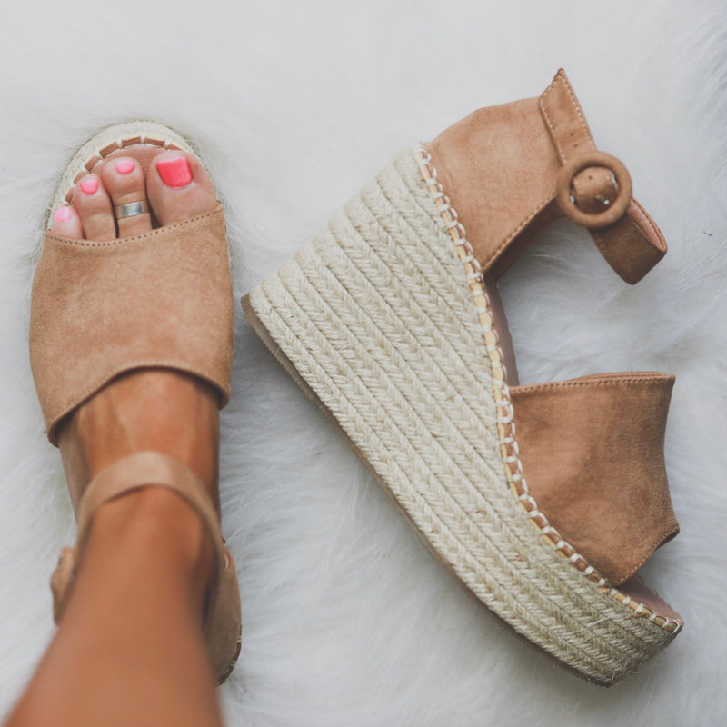 Sunkissed Sand Wedges