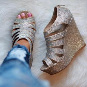 On Fleek Wedges - Champagne