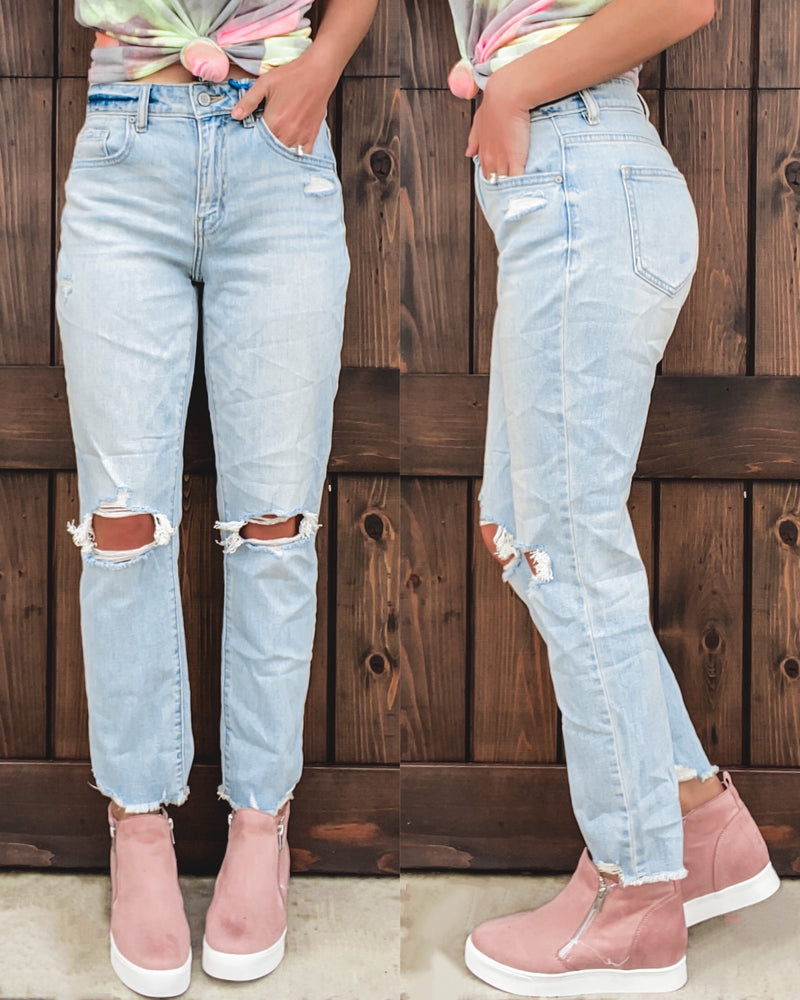 Ally Straight Leg Cropped Jeans