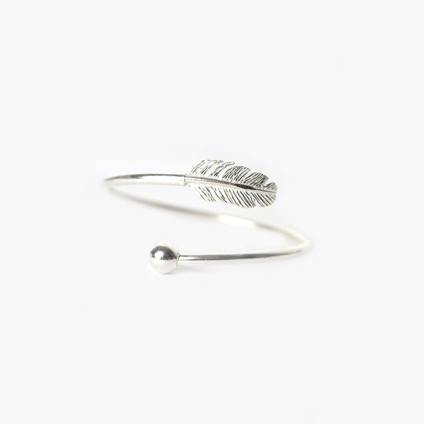 Sterling Silver Pointer and Leaf Bracelet