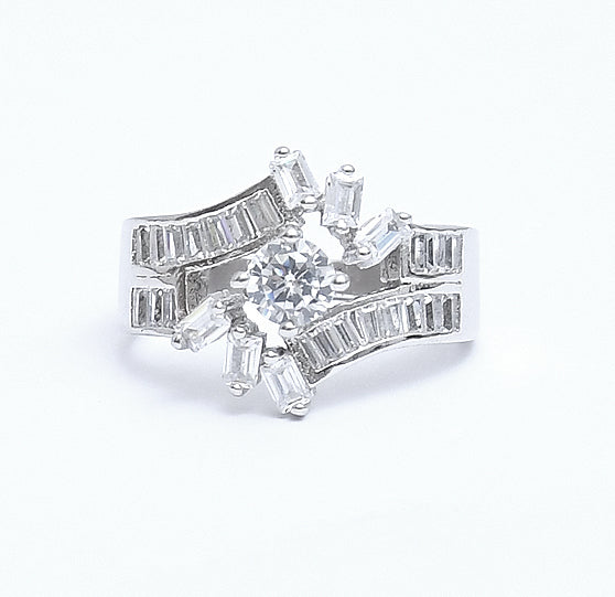 Sterling Silver Cubic Zirconia Cutstone Lady Ring