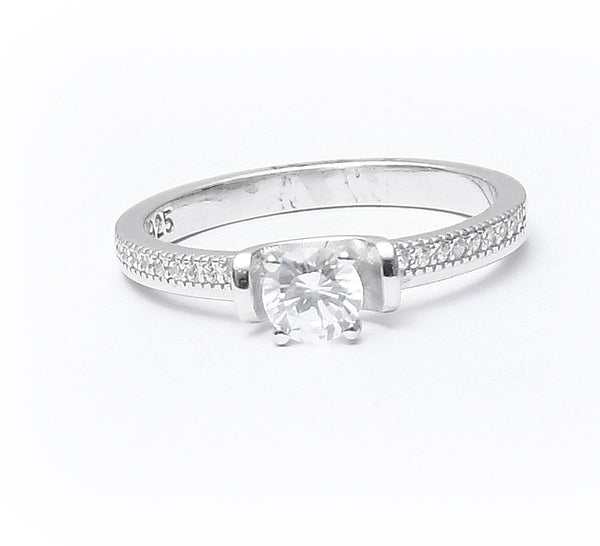 Sterling Silver Cubic Zirconia Single Stone Ring