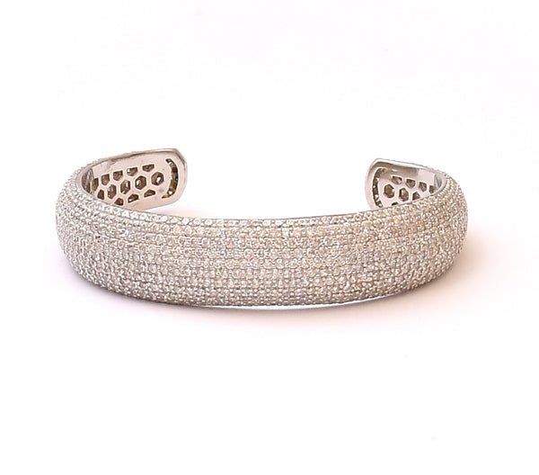 Sterling Silver Gleaming  Bangle