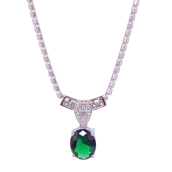 Sterling Silver Emerald Stone  Solitaire Pendant With Chain