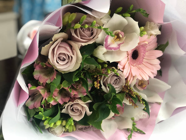 Soft & Pretty Bouquet - Floral Affaire