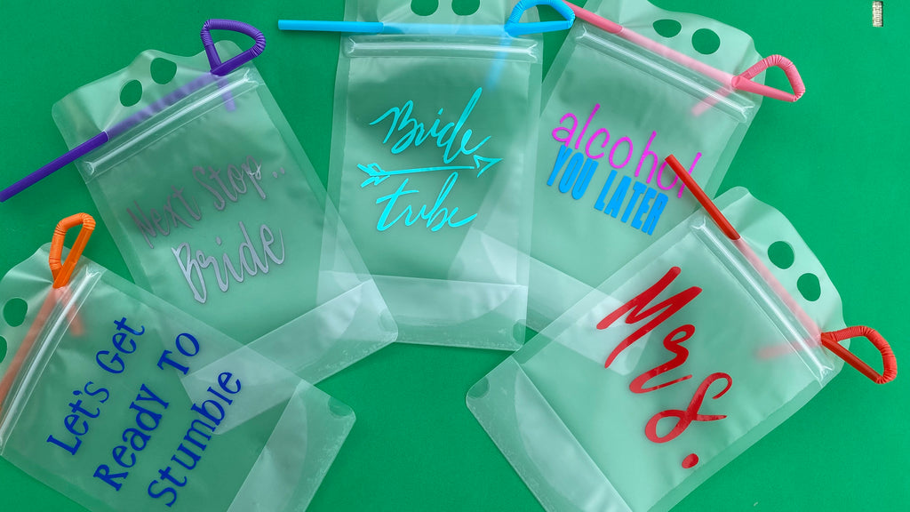 Stand Up Drink Pouches - Ivory Anchors