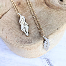 Load image into Gallery viewer, Little Leaf Pendant Necklace