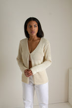 Load image into Gallery viewer, Vintage beige one button open knit cardigan  // S (1346)