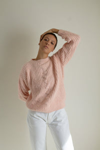 Vintage pink fuzzy heavy knit sweater // S (1465)