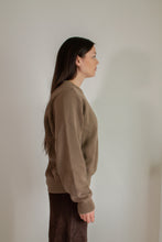 Load image into Gallery viewer, Vintage light brown cotton crewneck sweater // XL (1439)