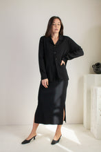 Load image into Gallery viewer, Vintage black minimal collared cardigan // L (1583)