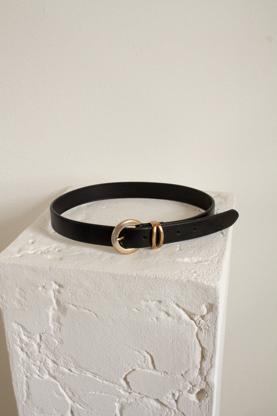 Vintage black leather and gold belt // 27.5-31.5