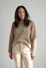 Load image into Gallery viewer, Vintage heather brown roll neck sweater // M (1877)