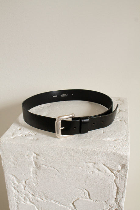Vintage black leather simple belt // fits 28