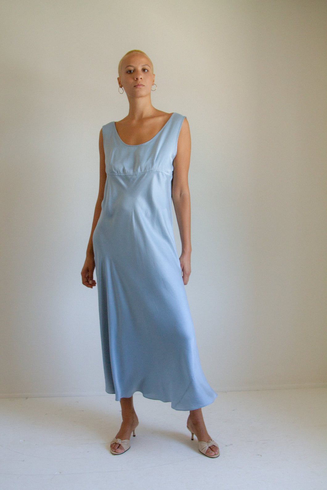 Vintage light blue bias cut long silk slip dress // L (935)