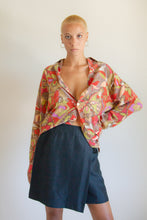 Load image into Gallery viewer, Vintage abstract print oversized silk blouse // M (927)