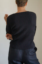Load image into Gallery viewer, Vintage black cotton ribbed sweater // M (1127)
