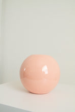 Load image into Gallery viewer, Vintage Haeger pink round vase (D190)