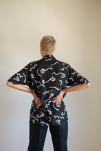 Load image into Gallery viewer, Vintage black and beige abstract silk and cotton button up shirt // L (1265)
