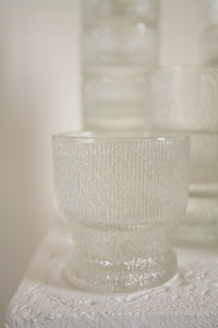"Vintage clear glass textured ""old fashioned"" glassware (D244)"
