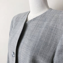 Load image into Gallery viewer, Vintage gray wool collarless blazer  //  M petite  (495)