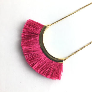 Primary Photo - BRAND: STELLA AND DOT STYLE: NECKLACE COLOR: PINK OTHER INFO: 7 FRINGE SKU: 258-258111-6688