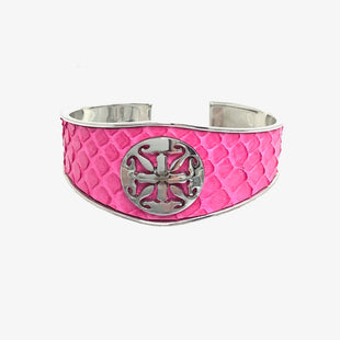 Primary Photo - BRAND: RUSTIC CUFF STYLE: BRACELET COLOR: PINK OTHER INFO: 5 MONIQUE SKU: 258-25898-10973