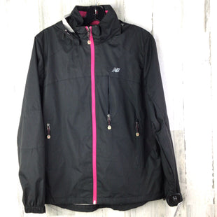 Primary Photo - BRAND: NEW BALANCE STYLE: JACKET OUTDOOR COLOR: BLACK SIZE: L OTHER INFO: RAIN AS ISSKU: 258-25898-11696