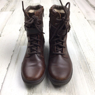 Primary Photo - BRAND: UGGSTYLE: BOOTS ANKLE COLOR: BROWN SIZE: 6.5 SKU: 258-25885-32659