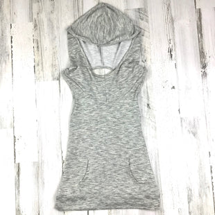 Primary Photo - BRAND:    CLOTHES MENTOR STYLE: ATHLETIC TANK TOP COLOR: GREY SIZE: S OTHER INFO: HOOD SKU: 258-25898-11714