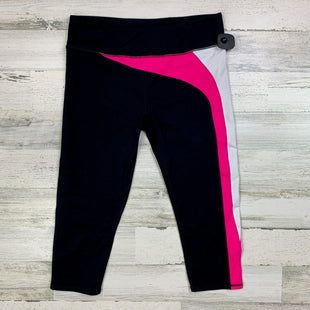 Primary Photo - BRAND: FABLETICS STYLE: ATHLETIC CAPRIS COLOR: BLACK SIZE: L OTHER INFO: WHITE PINK SIDE SKU: 258-258111-667