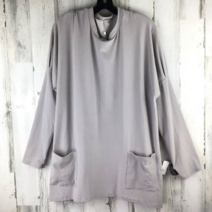 Primary Photo - BRAND:    CLOTHES MENTOR STYLE: TOP LONG SLEEVE BASIC COLOR: GREY SIZE: 4X SKU: 258-25840-16862